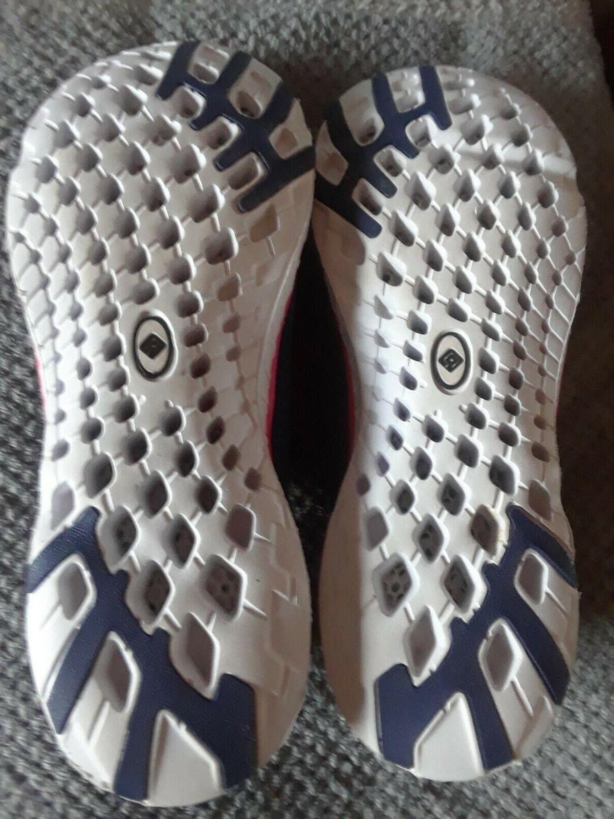 Dream Pairs Water Shoes. Women's Size 9. NEVER WORN. IN SO
