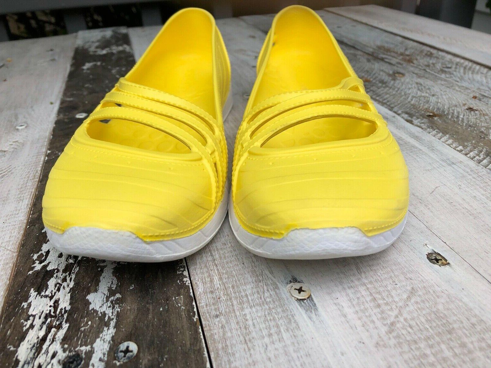 Water Shoes Sz 7