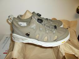 nib womens size 8 tideriser water shoes